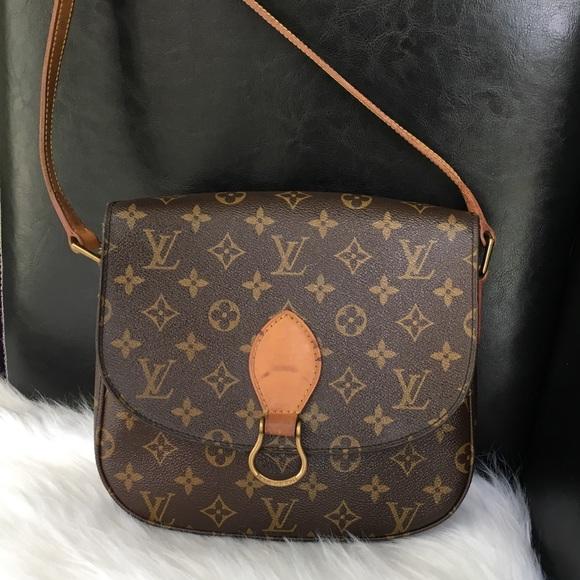 366e9eb7af1c Louis Vuitton Handbags - Rare Item😍 Louis Vuitton Saint Cloud GM.